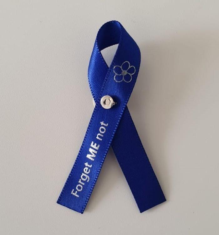Awareness ribbon front 700 x 750